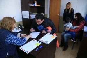 barrio-el-mirador-firmaron-el-contrato-de-compraventa-con-el-ipv-3_42537118381_o